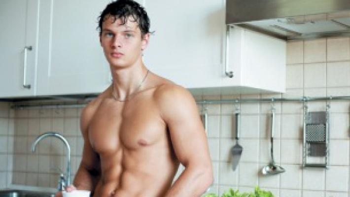 Мужчина на диете: чем накормить любимого, чтобы он похудел