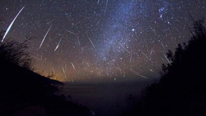 Над Чебоксарами ожидается интенсивный метеоритный дождь Персеиды