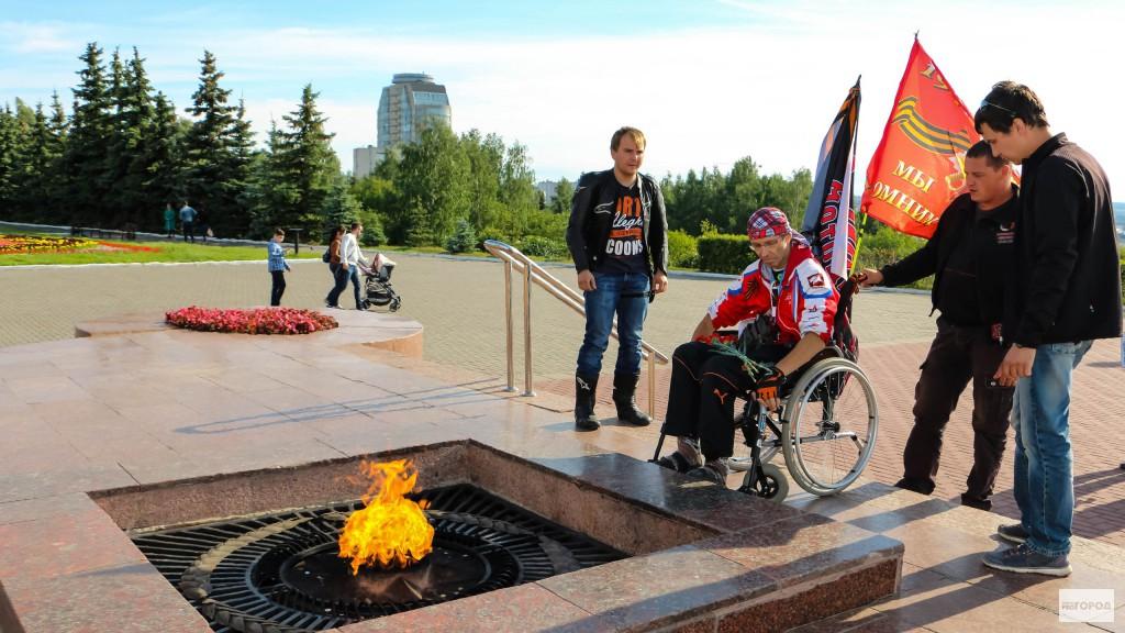 Автостопщик на инвалидной коляске доехал до Чебоксар из Нижнего Новгорода