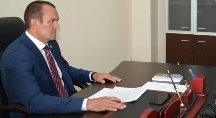 Михаил Игнатьев подписал закон о защите детей от суицида в Чувашии