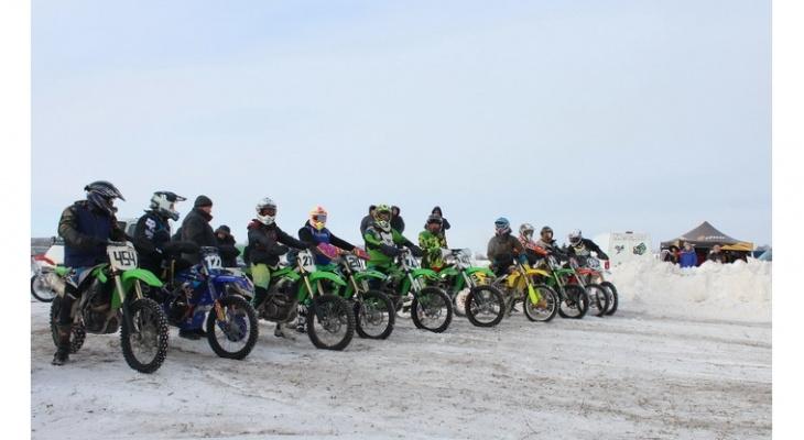 В Чувашии прошли соревнования по мотокроссу
