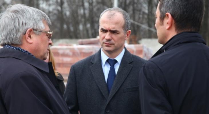 Ладыков теряет рейтинг из-за транспортной реформы