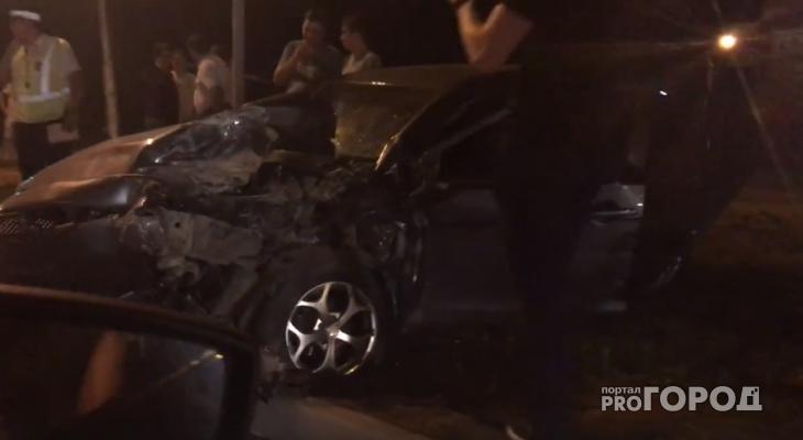 В Чебоксарах после матча произошло ДТП с участием трех машин