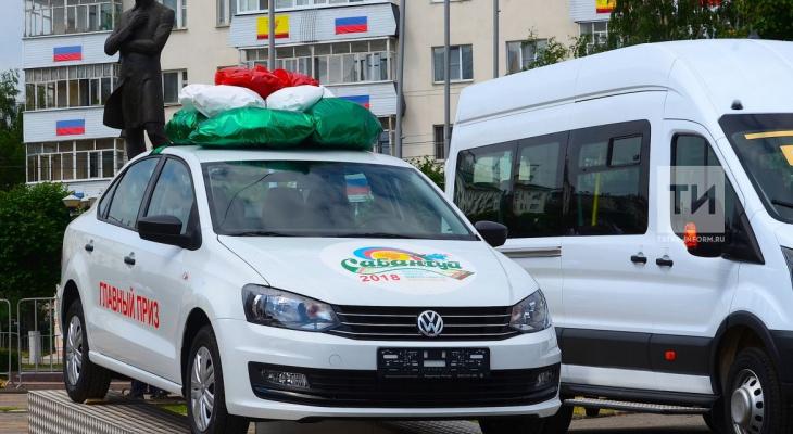 Чемпиону на Сабантуе в Чебоксарах вместо автомобиля подарили барана