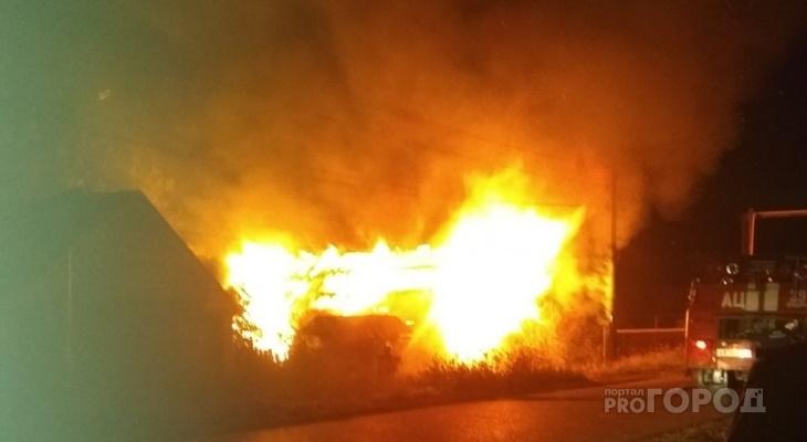 В Чувашии ночью дотла сгорел жилой дом