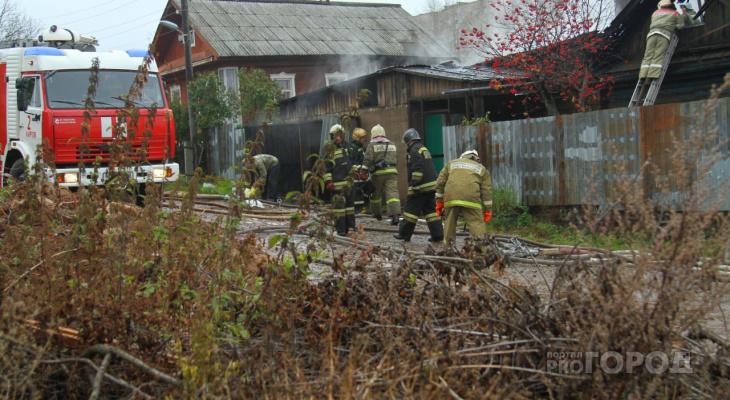 В Чувашии за сутки сгорели два жилых дома