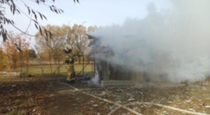 В Цивильском районе днем произошел пожар