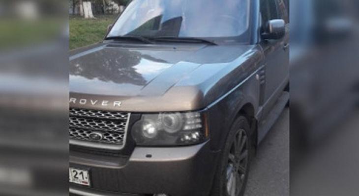 В Чувашии приставы забрали Range Rover за долги