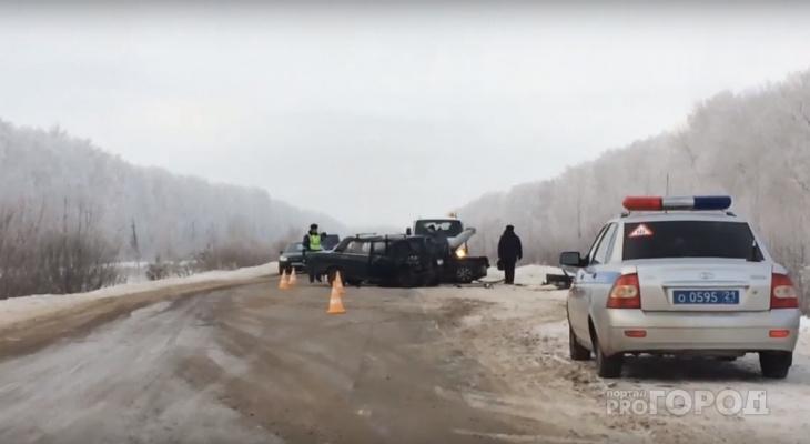 В аварии в Шумерлинском районе столкнулись 3 автомобиля