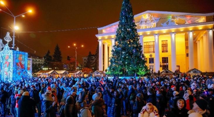 Стало известно, сколько чебоксарцев встретили Новый год на Красной площади
