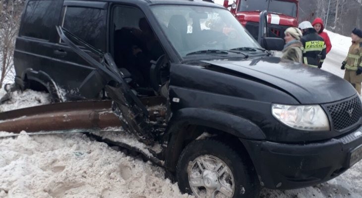 В Чувашии УАЗ протаранил  отбойник на трассе
