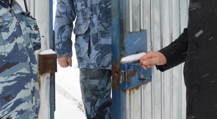 В Цивильске 22-летнего работника колонии заподозрили в преступлении
