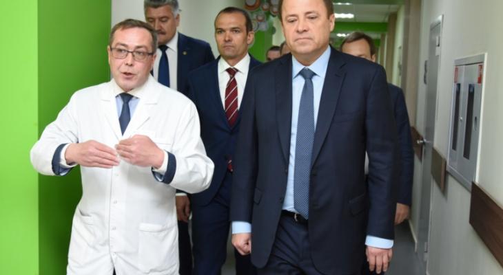 Игнатьев показал представителю президента преимущества детской больницы в Чебоксарах