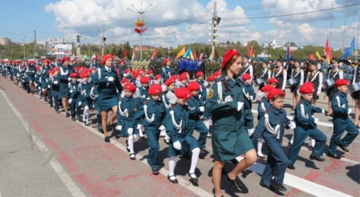 Полк детсадовцев промарширует по Красной площади