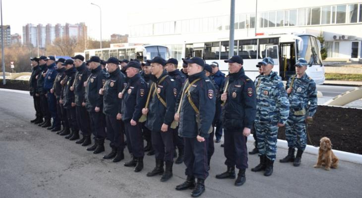 """Полицейских отправили на Кавказ: """"Главное, без потерь вернуться на родную землю"""""""