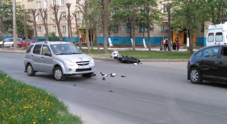 В Чебоксарах близкие пострадавшего мотоциклиста разыскивают очевидцев ДТП