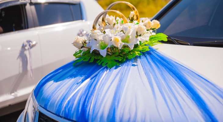 Какие машины подойдут для свадебного кортежа?