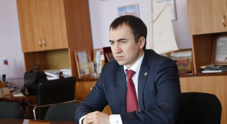 Игнатьев уволил подследственного вице-премьера