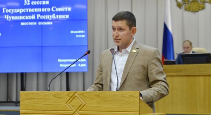 Депутат подвергся нападкам из-за критики похорон министра за 186 тысяч рублей