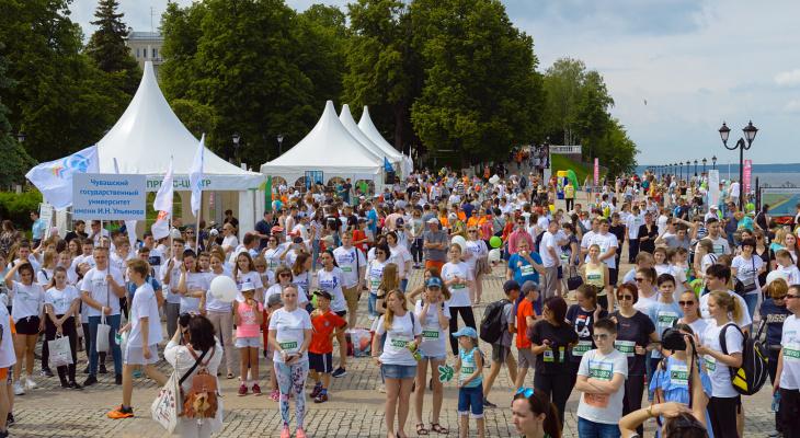Рекордное количество участников собрал на старте «Зеленый марафон» в Чебоксарах