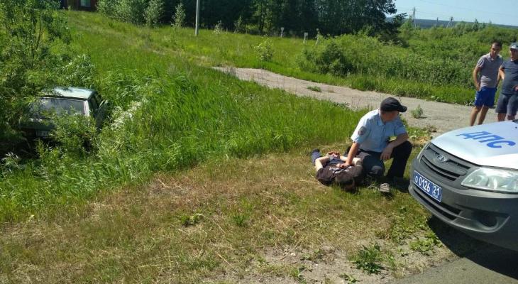 В Чувашии пьяный водитель деревенскими закоулками уходил от погони