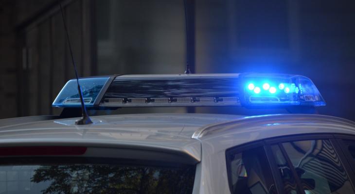 В Шумерле подростки ударили сзади женщину камнем и похитили сумку