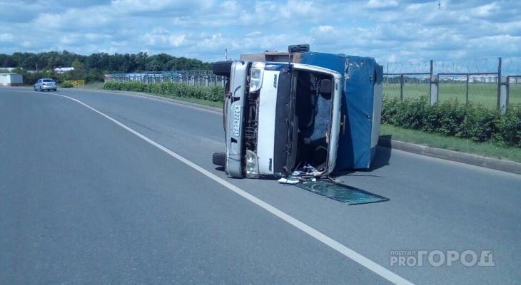 В Чебоксарах пьяный водитель опрокинул свой грузовик