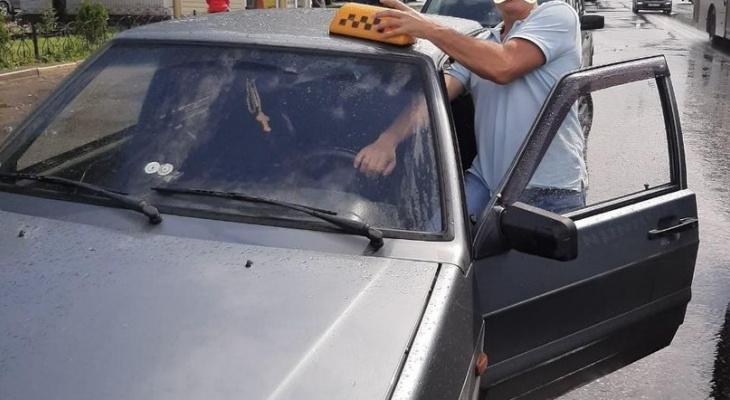 В Чебоксарах 11 таксистов привлекли к ответственности