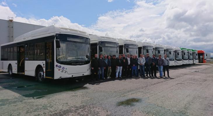 В Чебоксарах городской транспорт пополнился новыми автобусами формата «доступная среда»