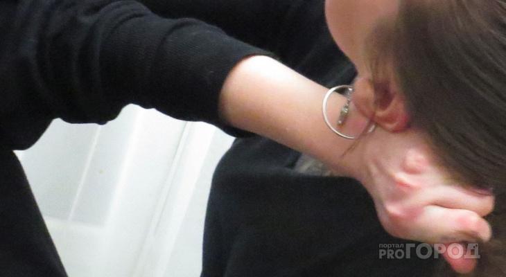 Задержанная чебоксарка оттаскала за волосы сотрудницу полиции