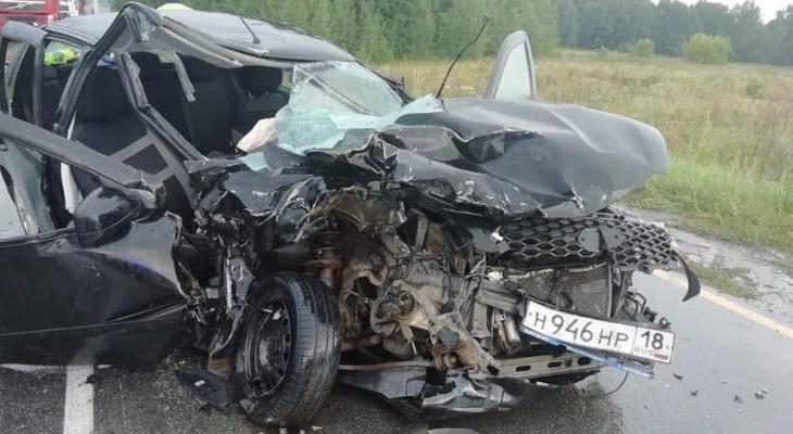 В Алатырском районе в столкновении нескольких машин пострадали 4 человека