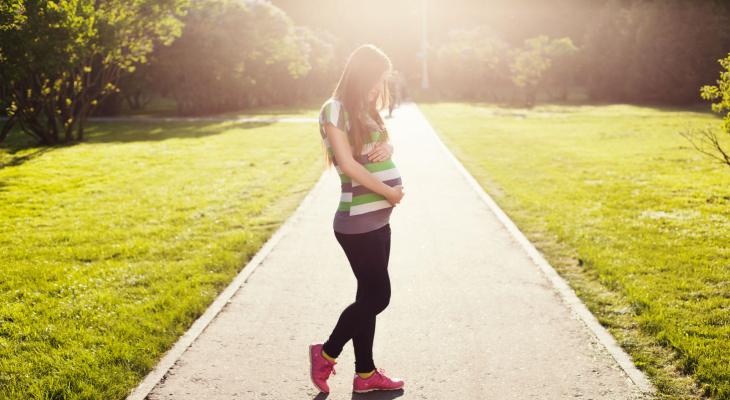 Только 5 % женщин готовы рожать до 20-летнего возраста