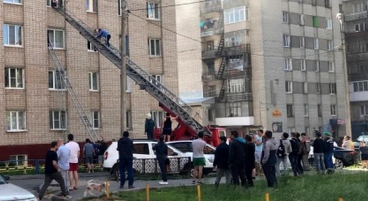 Чебоксарец в белой горячке поджег квартиру в Новоюжном районе