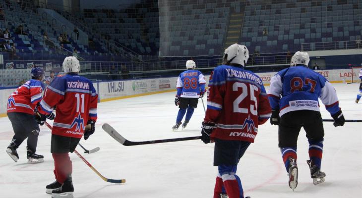 С каким счетом завершился матч между «Стрижами» и командой Ладыкова