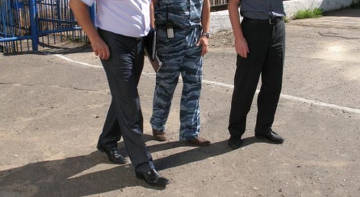 Следователи завели дело на бывшего работника колонии, который упустил заключенного