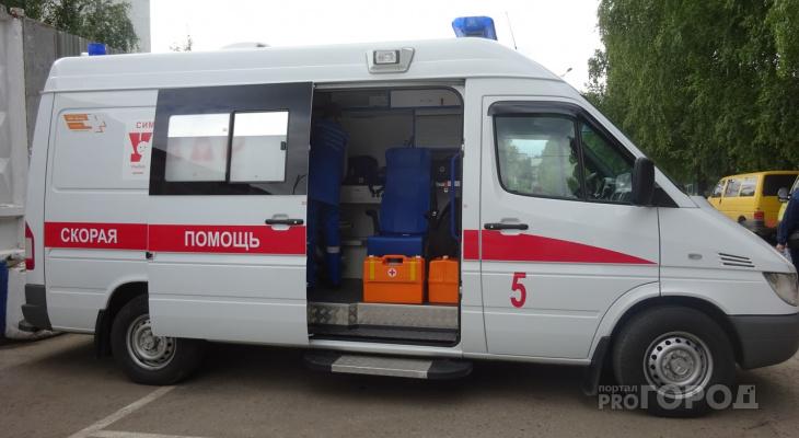 В Новочебоксарске медики приехали к рожающей женщине и спасли младенца