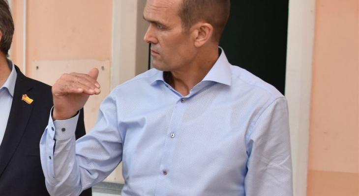 Игнатьев взял под личный контроль состояние машин скорой помощи в Алатыре