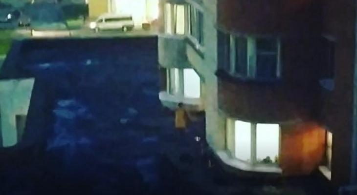 Чебоксарцы жарили шашлык на крыше