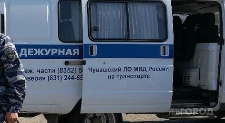 Молодого человека задержали в одном из крупных торговых центров Чебоксар