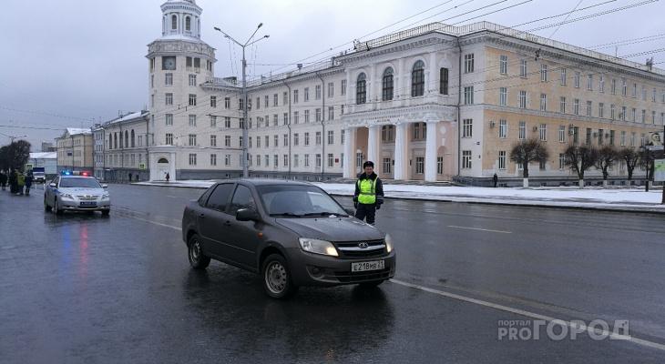 Массовая проверка водителей в преддверии выходных, ГИБДД проводит очередной рейд