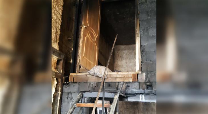 Двух мужчин госпитализировали из пожара в Новочебоксарске