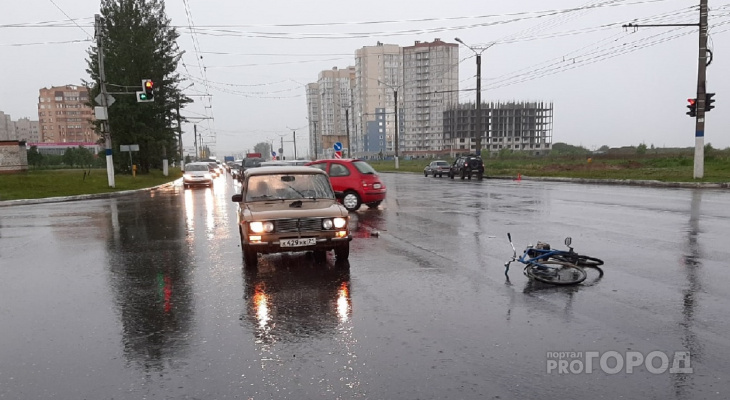 """Велосипедист получил серьезные травмы в столкновении с """"шестеркой"""""""