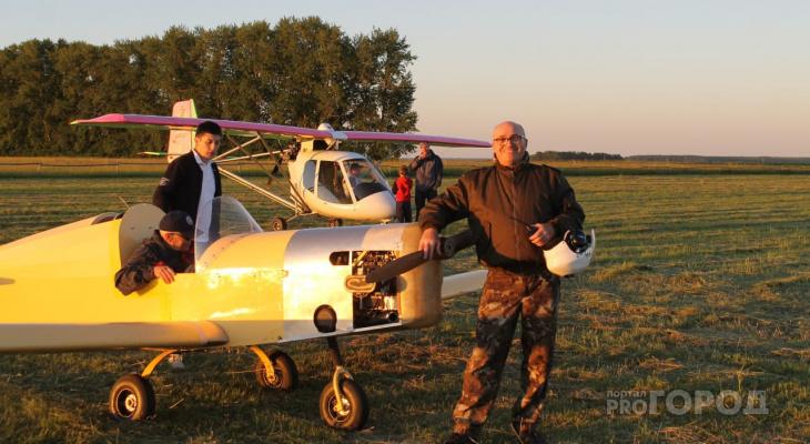 Мужчины впятером построили самолет и успешно взлетели на 500 метров