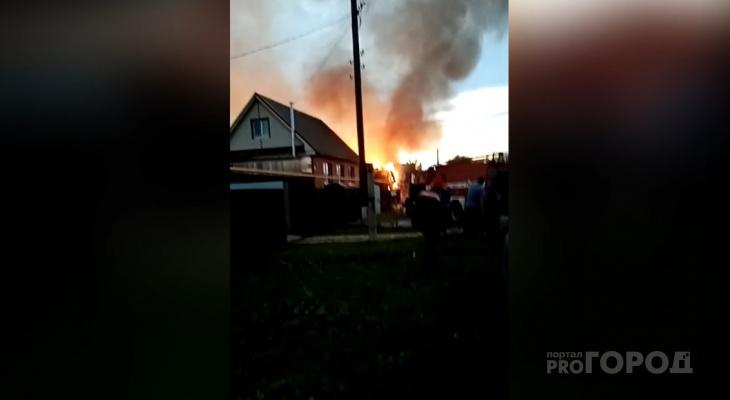В Мариинско-Посадском районе дотла сгорел жилой дом