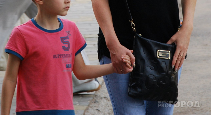 """Жителям Чувашии напоминают о сроках подачи заявления на """"путинские"""" детские выплаты"""