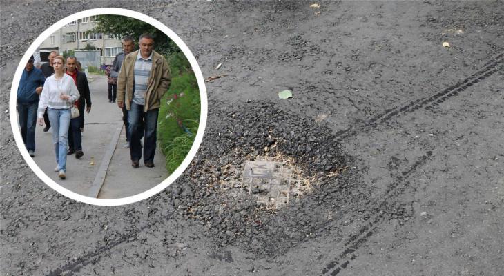 Подрядчик закатал в асфальт канализационный колодец, нарушение выявила комиссия