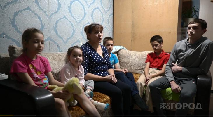 Мать-одиночка с шестью детьми живет в комнате 17 кв. м в общежитии Чебоксар