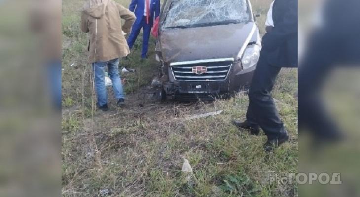 Жених и невеста попали в аварию в Ибресинском районе
