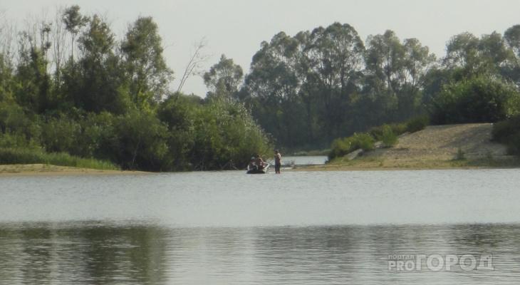 Рыбака на лодке унесло течением на глазах у друзей, больше его никто не видел
