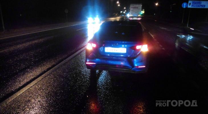 В Чувашии на трассе М7 столкнулись три машины